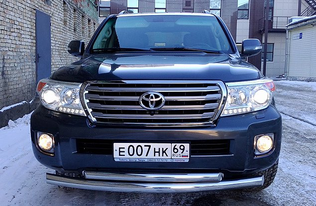 Аренда автомобиля Toyota Land Cruiser 200 2014г.
